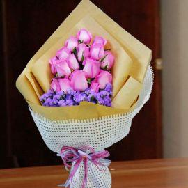 16 Aqua Pink Roses Handbouquet