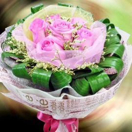 6 Aqua Pink Roses Handbouquet ( Need 1 Day Advance order )