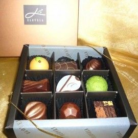 """Elovela"" Gourmet (Fresh)Chocolate 9 pcs"