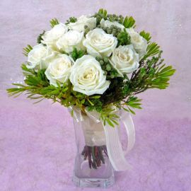 12 White Roses with lanuginosa in a vase