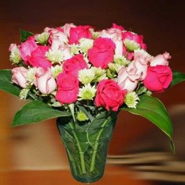 15 Hot Pink & 15 Peach Roses In Glass Vase