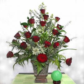 20 Black Roses Arrangement in Vase