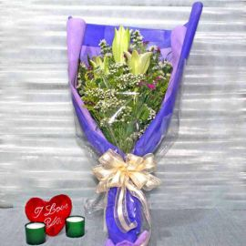 3 Lily Long wrapping Handbouquet
