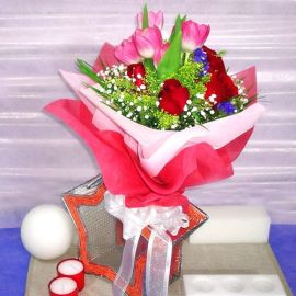 6 Pink Tulips 6 Red Roses Handbouquet