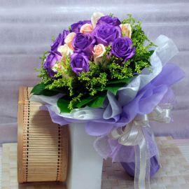 9 Purple 9 Champagne Roses Handbouquet