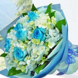 Blue Hydrangea & 6 Blue Roses HandBouquet
