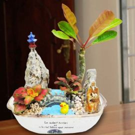 Table Garden With Terrarium Figurine
