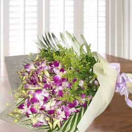 Purple Orchid Handbouquet