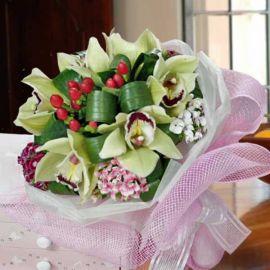 6 Cymbidium Orchid Handbouquet
