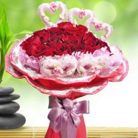 18 Red Roses with pink mini heart shape wrapper
