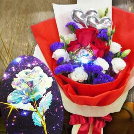Led Light Rose & 3 Red Roses With 2 Heart Shape Tags Hand Bouquet