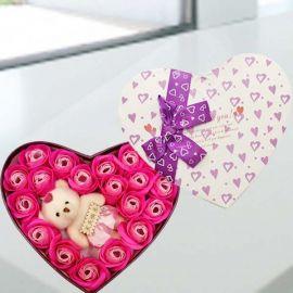 天天快乐Bear & Handmade Rink Rose Soap